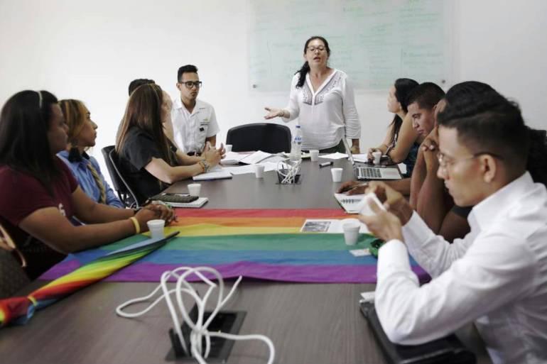 Socializan política pública nacional en Diversidad Sexual en Bolívar: Socializan política pública nacional en Diversidad Sexual en Bolívar