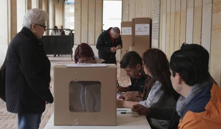 Jurados de votación en Caldas: La Moe denunció ausencia de jurados en inicio de las elecciones en Caldas