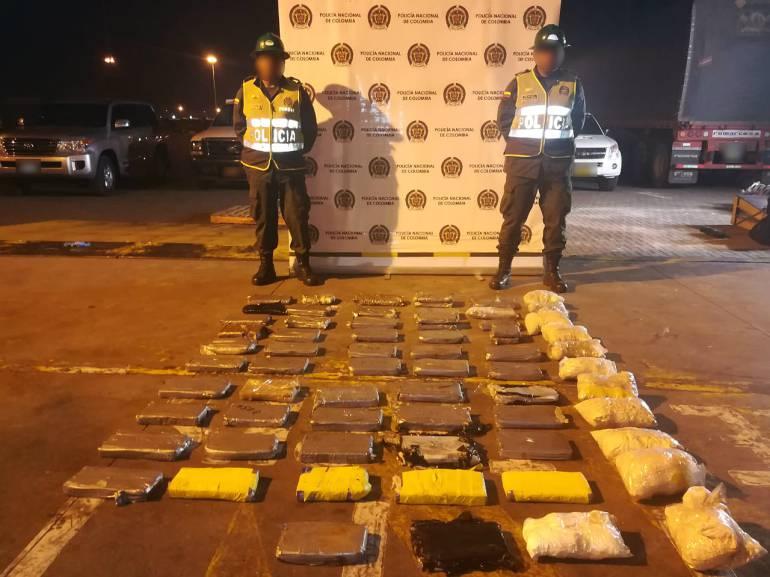 Incautan en Cartagena 69 kilos de cocaína que iban hacia Holanda: Incautan en Cartagena 69 kilos de cocaína que iban hacia Holanda