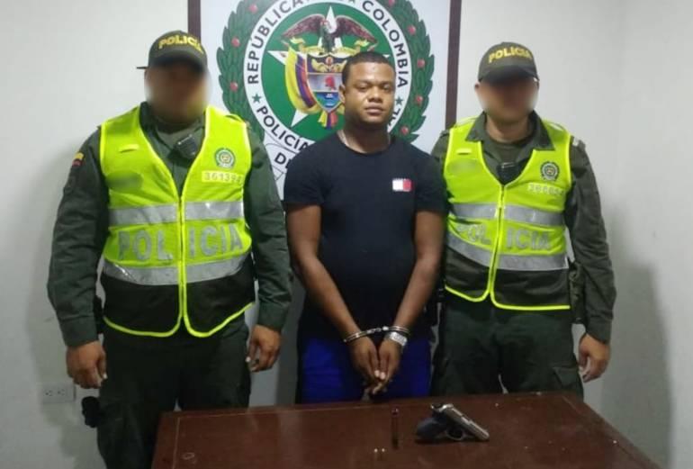 """Capturados """"El Nike"""" y """"El Norby"""" por porte ilegal de armas en Cartagena: Capturados """"El Nike"""" y """"El Norby"""" por porte ilegal de armas en Cartagena"""