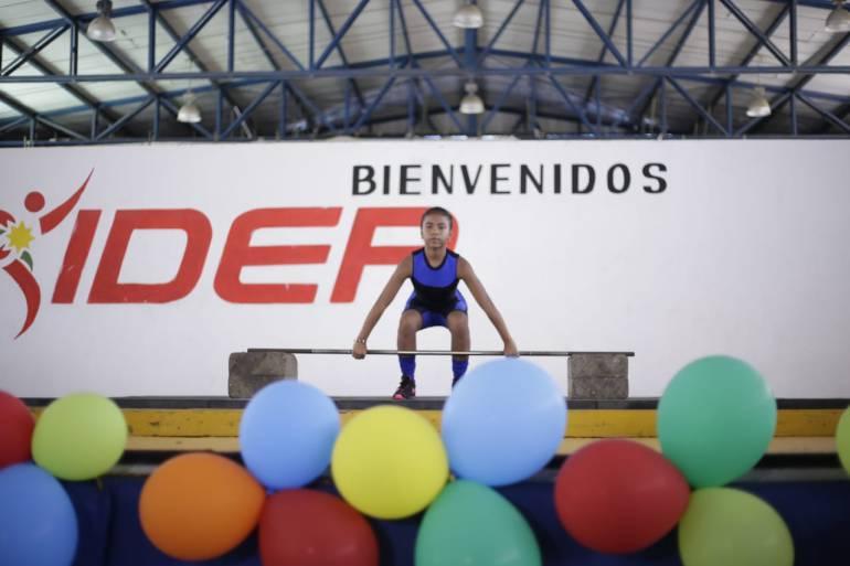 Exitoso festival distrital escolar de levantamiento de pesas en Cartagena: Exitoso festival distrital escolar de levantamiento de pesas en Cartagena