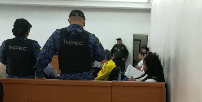 Todas las personas están detenidas en la cárcel de Picaleña.