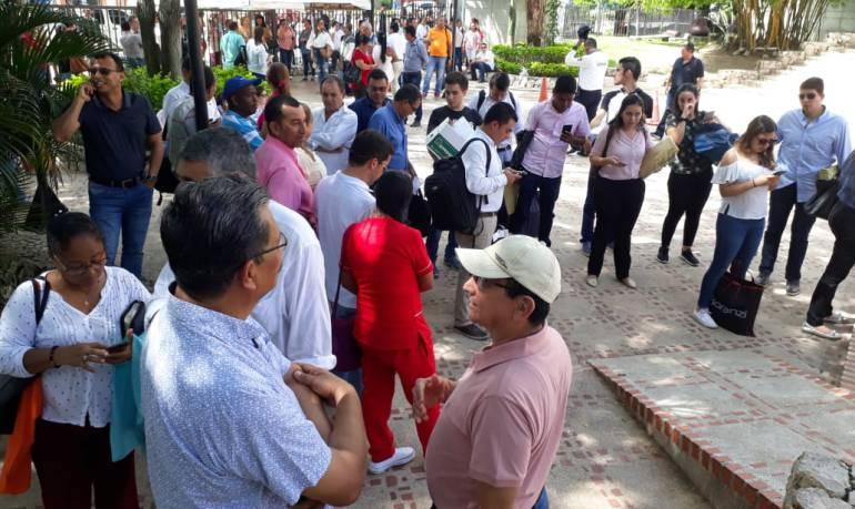 terrorismo: Expertos anti explosivos descartan bomba en la Gobernación de Sucre