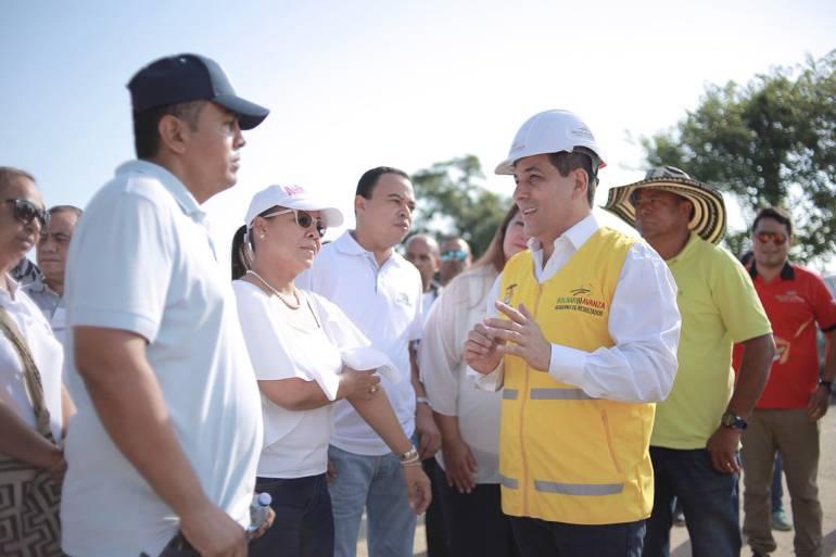 Gobernador de Bolívar y Alcaldesa (e) de Cartagena inspeccionan obras: Gobernador de Bolívar y Alcaldesa (e) de Cartagena inspeccionan obras