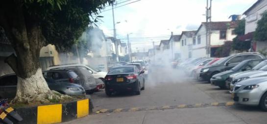 Guardas del Inpec lanzaron bombas lacrimogenas en Bucaramanga: Guardas del Inpec lanzaron bombas lacrimógenas por triunfo de Colombia