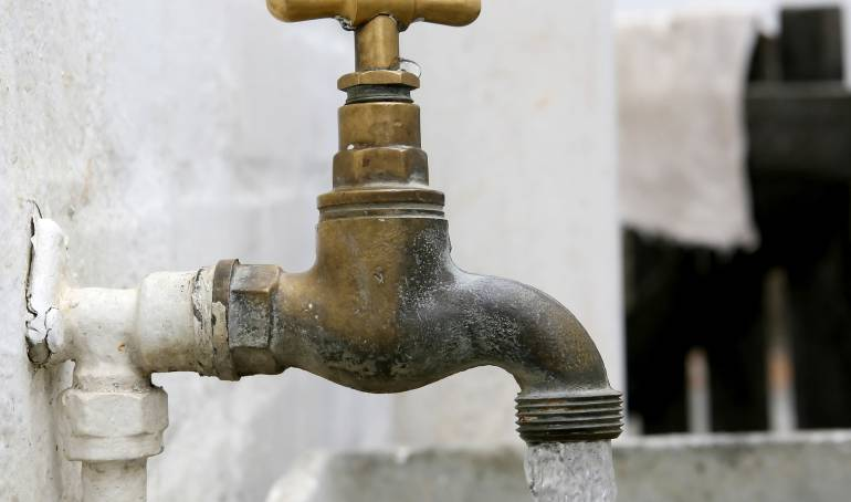 Servicios Públicos: Solo cuatro de los veintiséis municipios de Sucre consumen agua potable