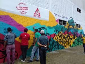 Mural como homenaje a la mujer cafetera en Quindío en día nacional del Café
