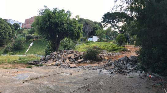 FLORIDABLANCA PARQUE ECOBIOLÓGICO ZAPAMANGA CALDAS TALA ÁRBOLES VILLA RENAC: Extrema polarización por proyecto de vivienda que acabará con parque