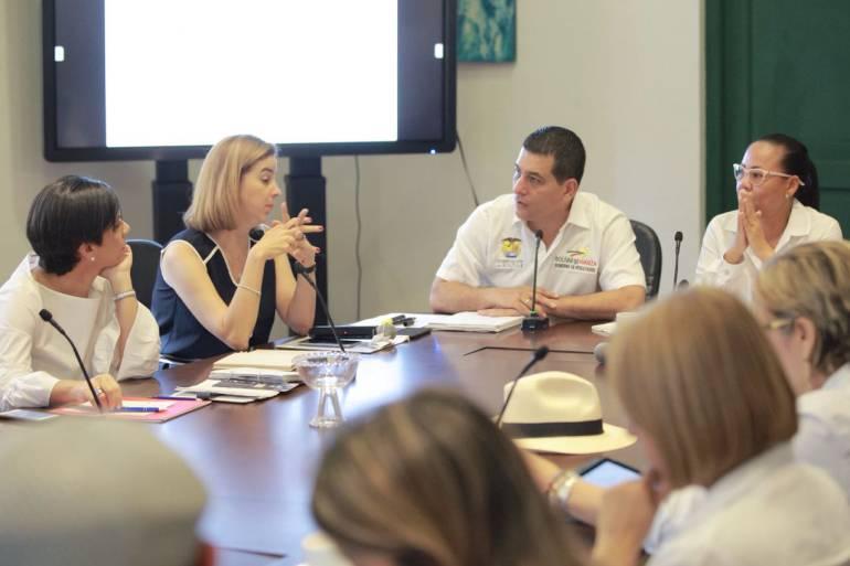 Gobernador de Bolívar debate con gremios grandes proyectos del departamento: Gobernador de Bolívar debate con gremios grandes proyectos del departamento
