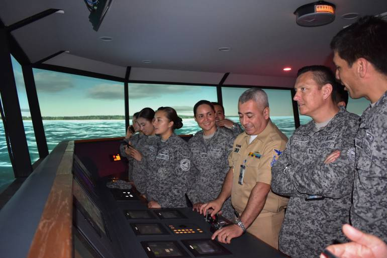 Escuela Naval de Cadetes fortalece relaciones con escuela de Fuerza Aérea: Escuela Naval de Cadetes fortalece relaciones con escuela de Fuerza Aérea