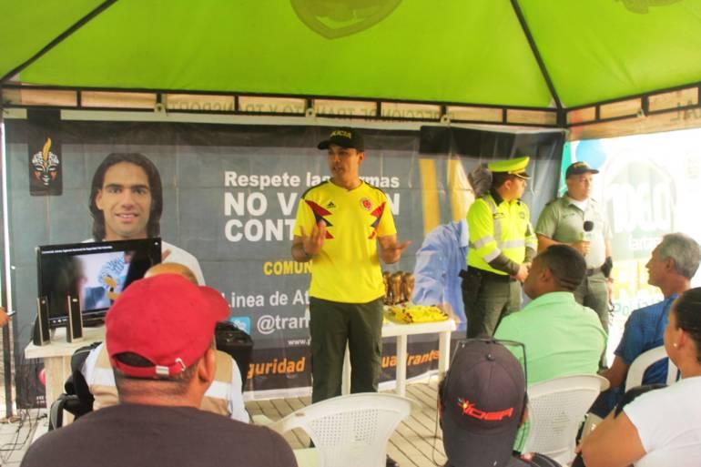 """""""Hazle un gol a la imprudencia"""", campaña de seguridad vial en Cartagena: """"Hazle un gol a la imprudencia"""", campaña de seguridad vial en Cartagena"""