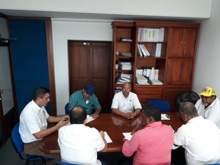 Compromisos entre Distriseguridad y el gremio de taxistas de Cartagena: Compromisos entre Distriseguridad y el gremio de taxistas de Cartagena
