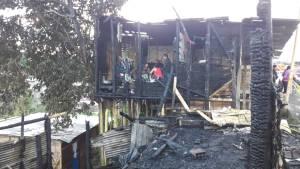 Así quedó una de las viviendas consumidas por el incendio en el barrio Nuevo Armenia