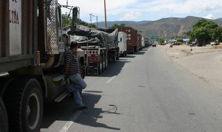 Transporte de mercancías: Este jueves se habilitará paso a vehículos de carga en troncal a la Costa