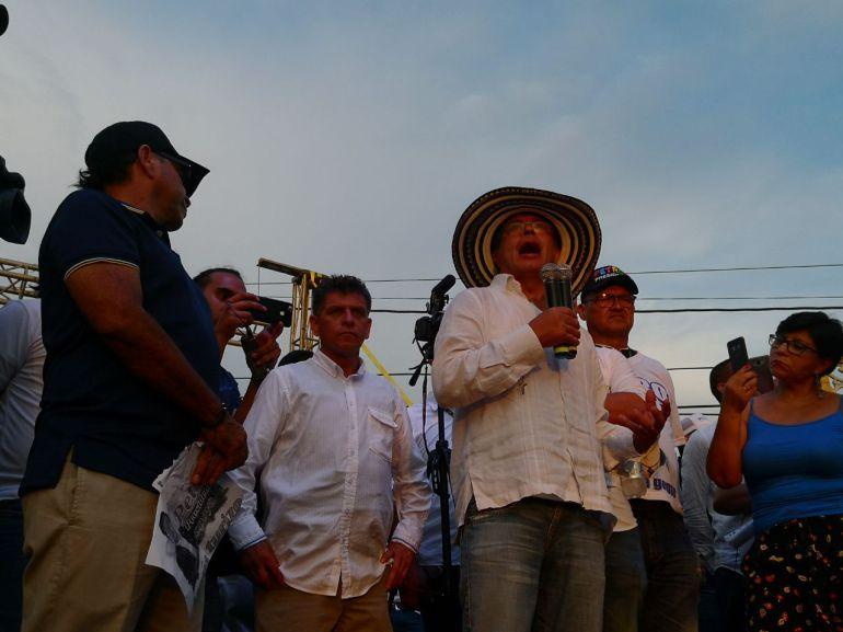Amenazan a integrante de la campaña de Gustavo Petro en Barranquilla: Amenazan a integrante de la campaña de Gustavo Petro en Barranquilla