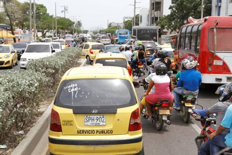 Tutela busca suspender nuevas matrículas de carros en Colombia: Tutela busca suspender nuevas matrículas de carros en Colombia
