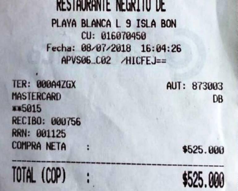 Por cinco bebidas dos argentinas pagaron medio millón de pesos en Cartagena: Por cinco bebidas dos argentinas pagaron medio millón de pesos en Cartagena