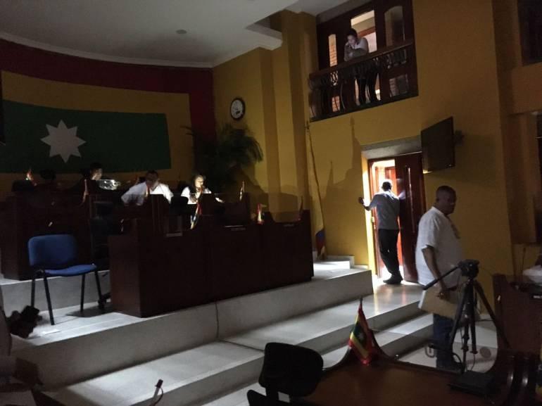 Aplazan debate en Concejo de Cartagena por fallas en fluido eléctrico: Aplazan debate en Concejo de Cartagena por fallas en fluido eléctrico
