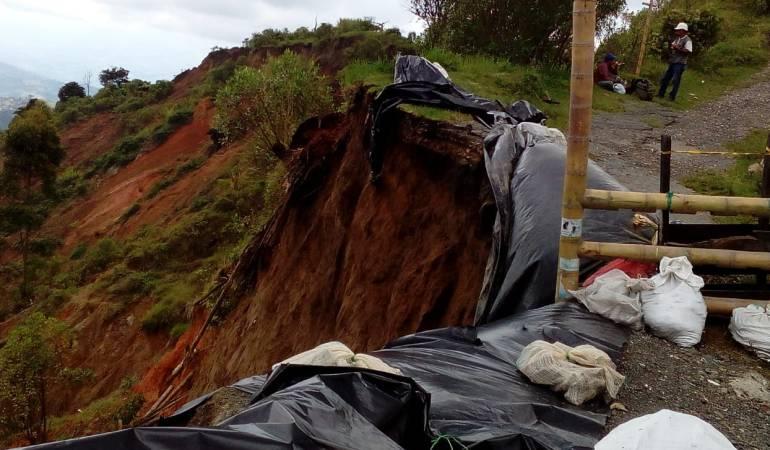 """Obras, Cárcava, Alto Tablazo, Corpocaldas: """"Obras de corpocaldas en el Alto Tablazo estan deterioradas en el 90%"""""""