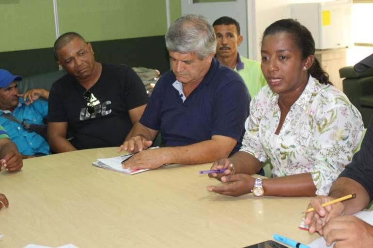 Comerciantes se unen a lucha contra abusos en las playas de Cartagena: Comerciantes se unen a lucha contra abusos en las playas de Cartagena
