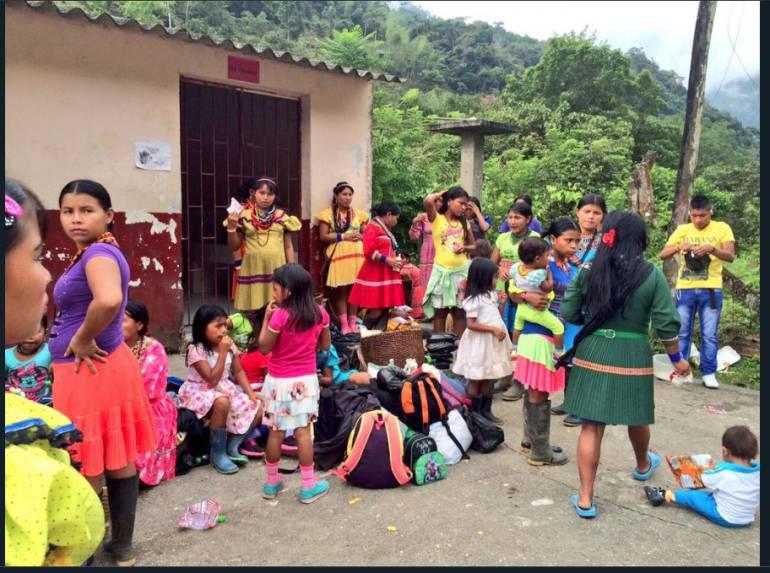 Niños indígenas Embera Chamí muertos en el Dovio Valle: Este año van 5 niños indígenas muertos por desnutrición en el Dovio, Valle