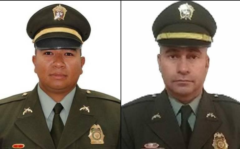 A la izquierda, Subintendente Rafer Stith Baldovino Muñoz; a la derecha, Intendente Alexander de Jesús Hernández Álvarez.