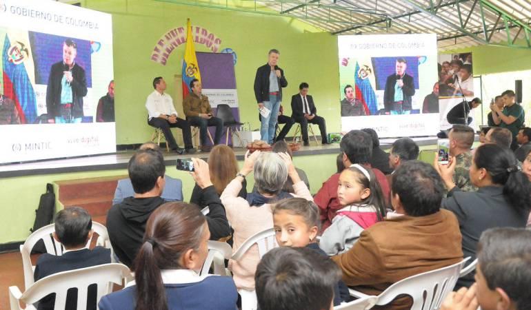Santos en Boyacá: Dejemos los odios: Santos al promulgar Ley Bicentenario en Boyacá