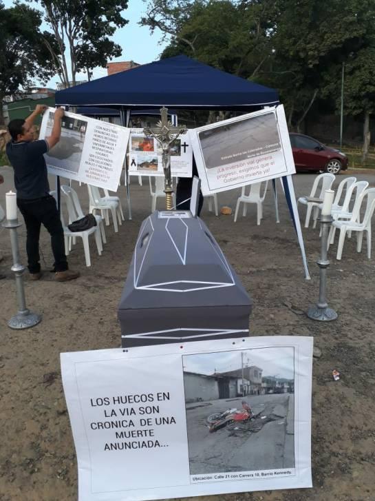 BUCARAMANGA PROTESTAS MAL ESTADO DE LAS VÍAS: Video: Mal estado vial genera protesta en el norte