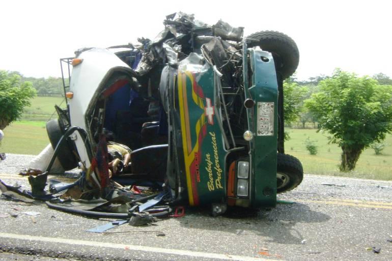 Heridos funcionarios de la Registraduría en accidente vehicular Bolívar: Heridos funcionarios de la Registraduría en accidente vehicular Bolívar