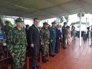 Autoridades político administrativas presentes en la transmisión de mando de la Octava Brigada