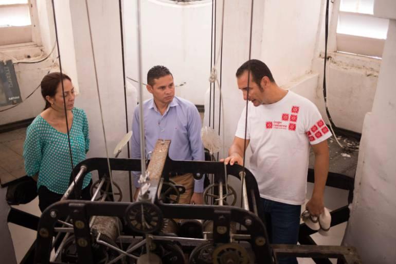 Comienzan trabajos de mantenimiento del Reloj Público de Cartagena: Comienzan trabajos de mantenimiento del Reloj Público de Cartagena