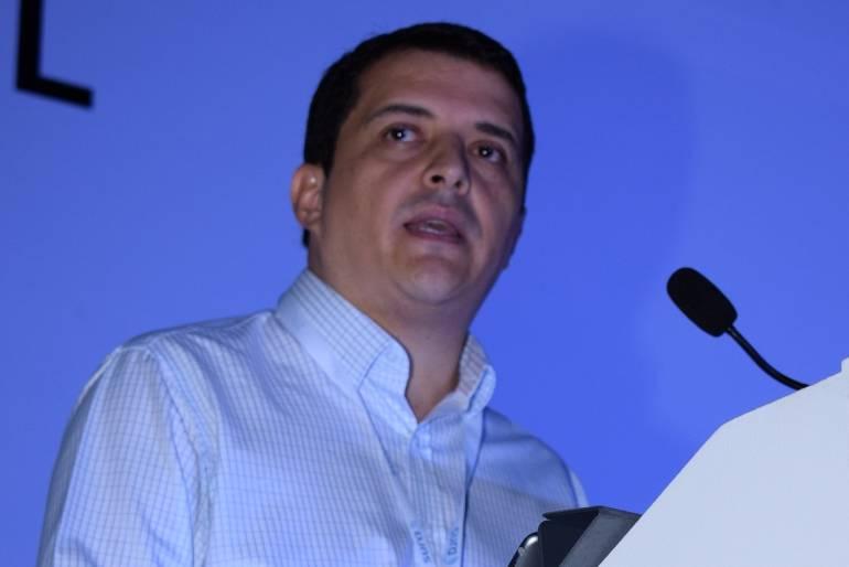 """Seis millones de negocios en Colombia se financian con el """"gota a gota"""": Seis millones de negocios en Colombia se financian con el """"gota a gota"""""""