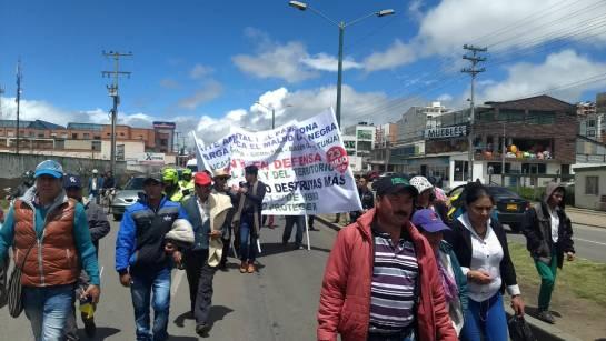 Minería Campesinos protestan por licencias mineras en zonas de acueductos e: Campesinos protestan por licencias mineras en zonas de acueductos en Boyacá