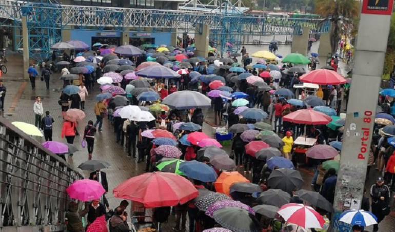 Transmilenio: Retrasos en operación de Transmilenio por accidente en occidente de Bogotá