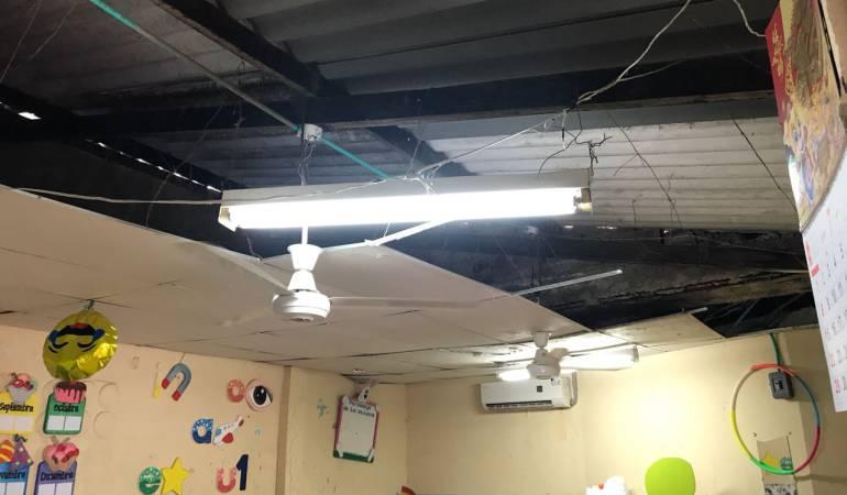 Una teja del Liceo Bolívar de Cartagena se cayó e hirió a un estudiante