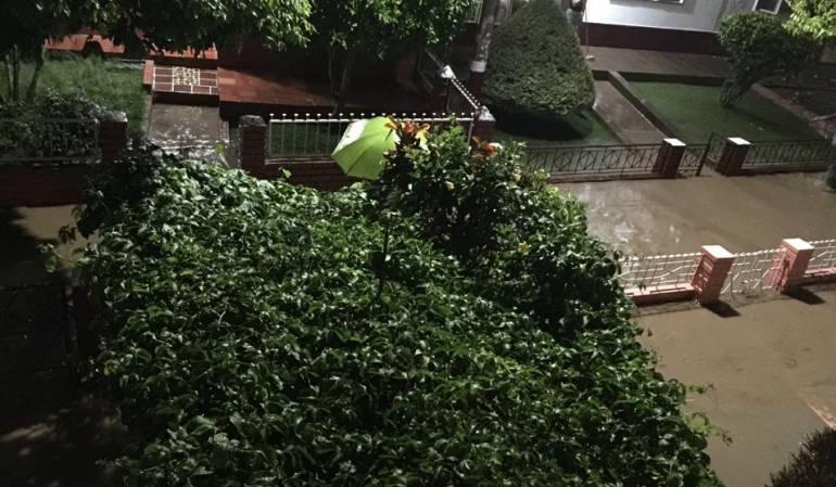 Emergencia invernal en Santander: Un niño muere al caer un muro por lluvias en San Gil, Santander