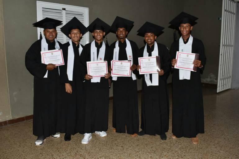 Se graduaron jóvenes en riesgo de barrios priorizados de Cartagena: Se graduaron jóvenes en riesgo de barrios priorizados de Cartagena