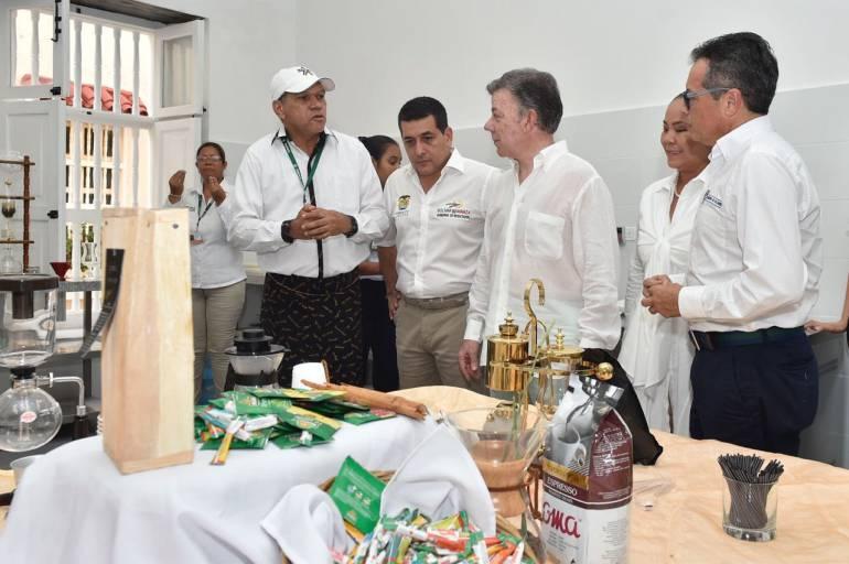 Santos inauguró la Escuela de Hotelería y Gastronomía Casa del Marqués: Santos inauguró la Escuela de Hotelería y Gastronomía Casa del Marqués