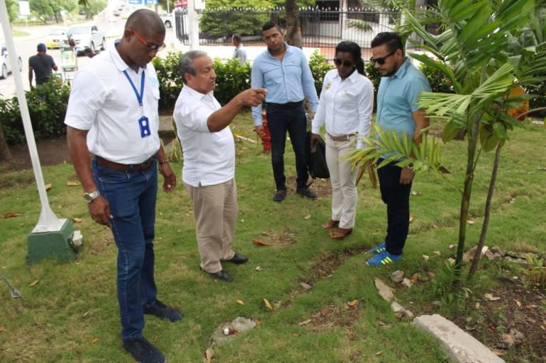 Inspeccionan parques de Cartagena para iniciar recuperación: Inspeccionan parques de Cartagena para iniciar recuperación