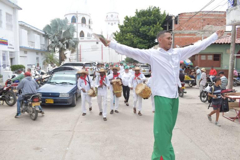 """Alcalde lidera campaña """"Si Paga Magangué"""": Alcalde lidera campaña """"Si Paga Magangué"""""""