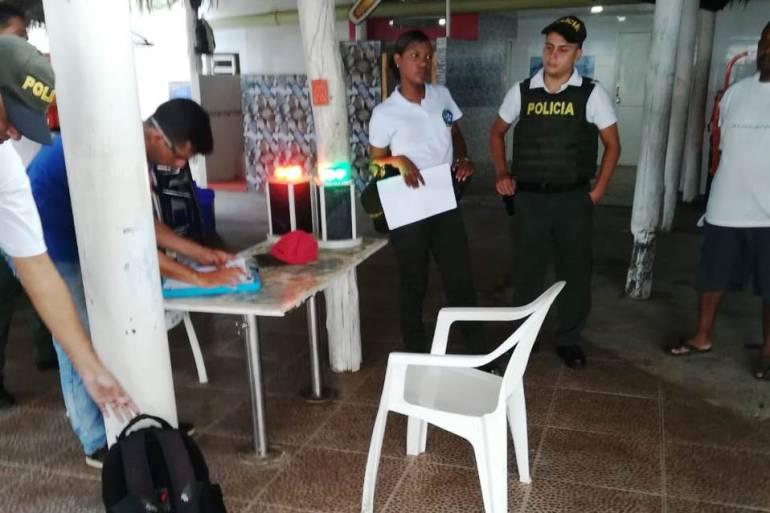 Recuperan elementos hurtados a boyas del canal de acceso a Cartagena: Recuperan elementos hurtados a boyas del canal de acceso a Cartagena