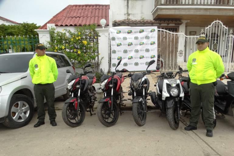 Policía de Bolívar recupero 11 motocicletas y un vehículo: Policía de Bolívar recupero 11 motocicletas y un vehículo