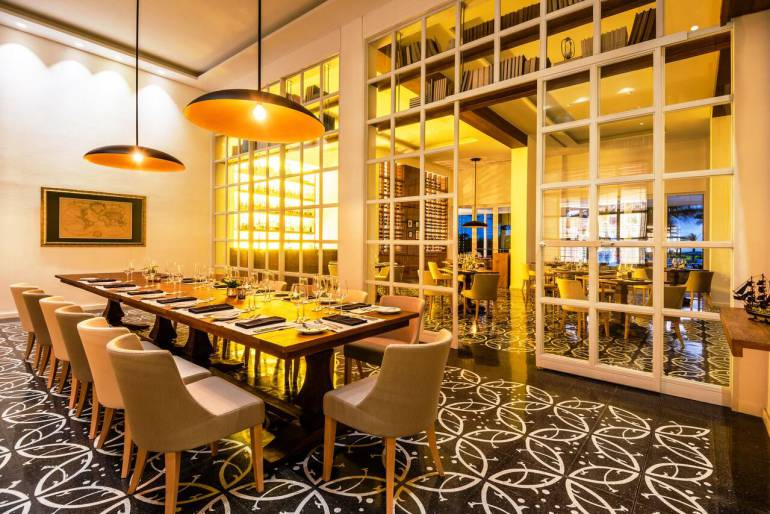 Restaurante Biblioteka de Conrad Cartagena recibe dos galardones: Restaurante Biblioteka de Conrad Cartagena recibe dos galardones