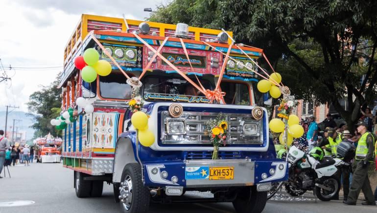 Feria de las flores, chivas, Medellín: Las chivas desfilan en la Feria de las flores de Medellín