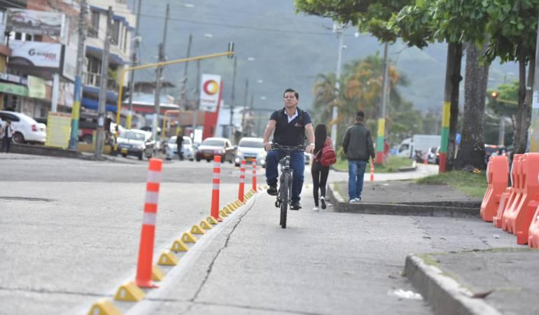 Transporte sostenible: Avanza adecuación de bici-carril en la avenida Ferrocarril