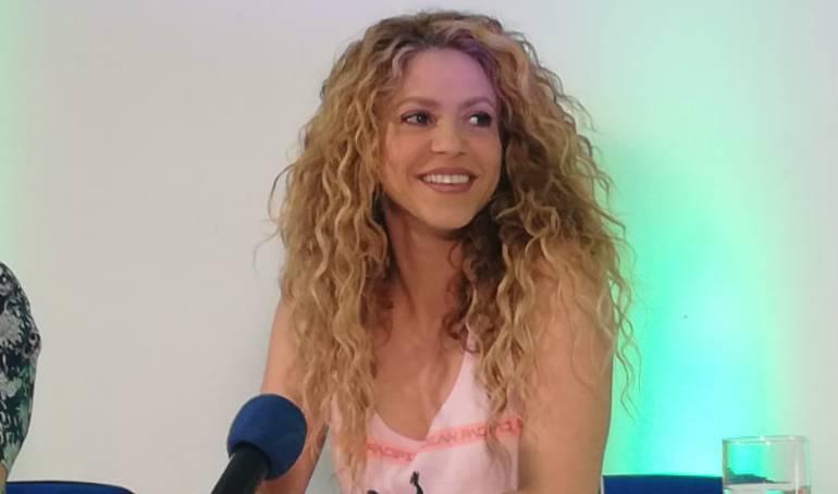 Shakira Bailando Salsa: [VIDEO] ¡Las barranquilleras también bailamos salsa!: Shakira