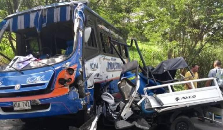Accidente deja trece heridos en el Valle: Trece heridos leves, deja accidente de tránsito en el Valle