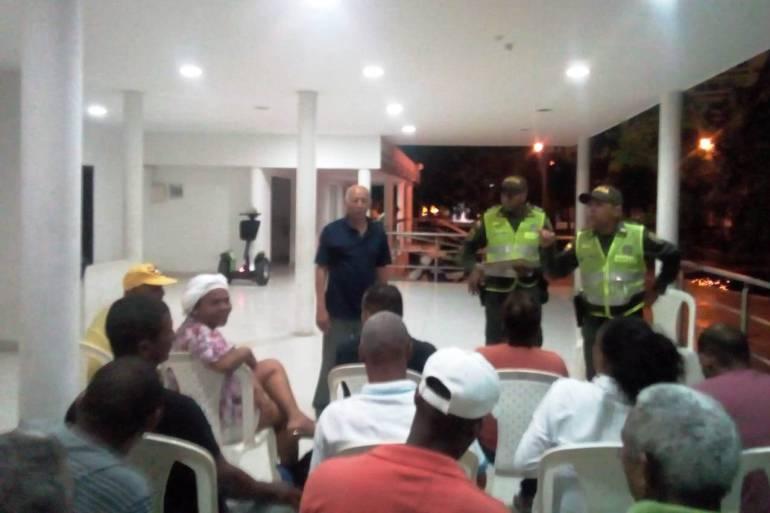 Autoridades y organización unidas por el rescate del Parque Centenario: Autoridades y organización unidas por el rescate del Parque Centenario