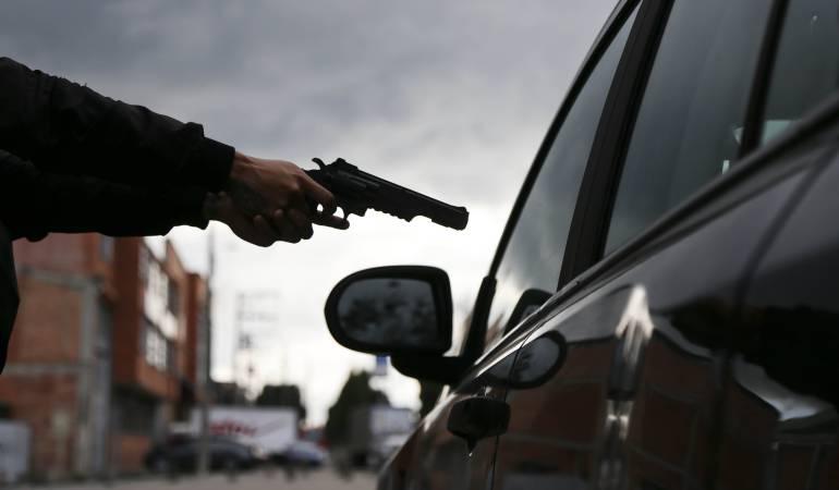 Asesinan empleado del Banco de la República.: Asesinan a integrante del Banco de la República en Bogotá