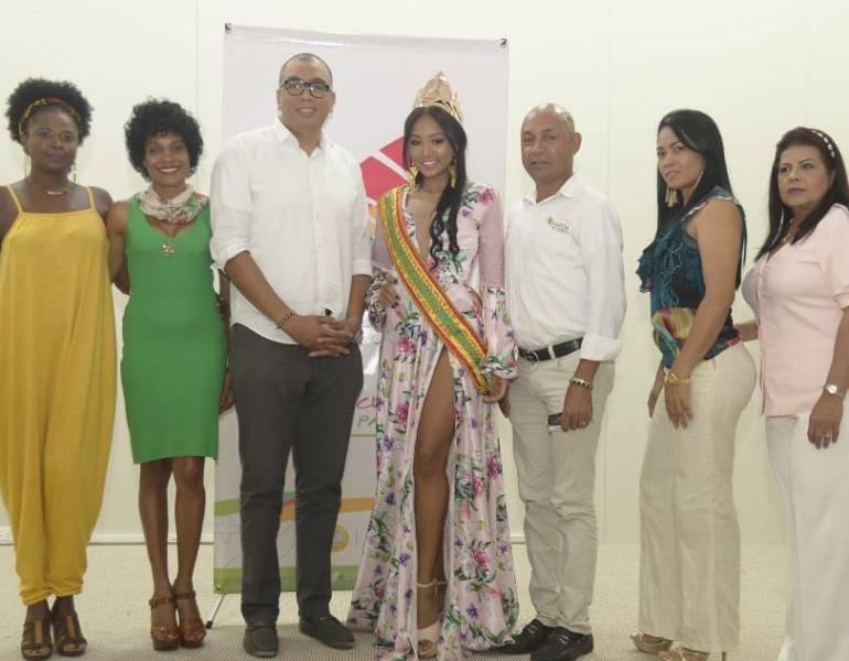 Entrevistan a preseleccionadas para Reinado de Independencia de Cartagena: Entrevistan a preseleccionadas para Reinado de Independencia de Cartagena